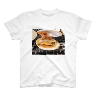 おいしい貝 T-shirts
