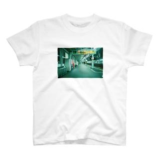 ホーム T-shirts