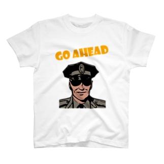 前田デザイン室ダサT09 海外で売ってそうなやつ T-shirts