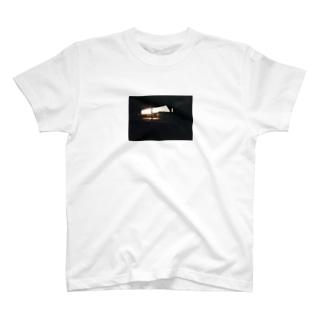 駐輪場(夕日)T T-shirts