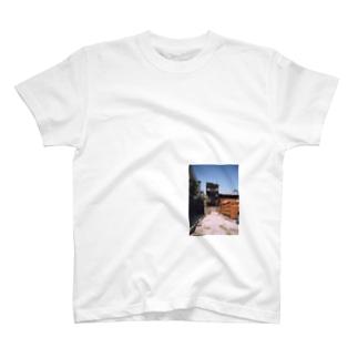 廃墟T T-shirts