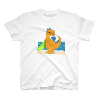サーフィンを楽しんだかいじゅう T-shirts