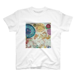 騒ぎ T-shirts