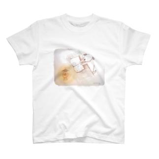 読書 T-shirts