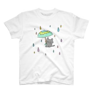 Rain cat T-shirts