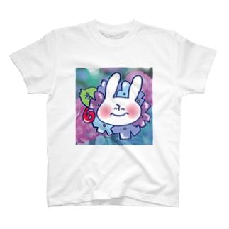 6月のうさぎ T-shirts