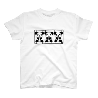パンダのプラモ T-shirts