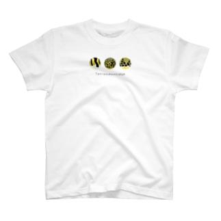 フグ模様02 T-shirts