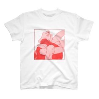 うさぎさんを挟む T-shirts