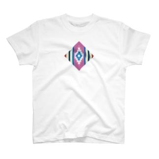 チマヨpink T-shirts