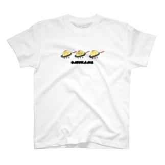 焼かれるオムかめ(カラーver) T-shirts