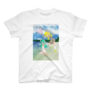 ハリセンアタック浜辺背景 T-shirts