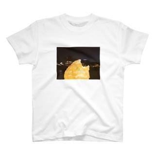 HI・TO・RIで鴨川アップルパイ T-shirts