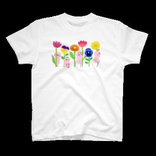 はだかんぼうのコブタたちのブタとお花 T-shirts
