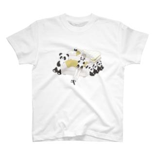 パンダとおんなのこ T-shirts