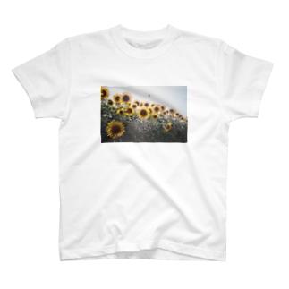 こころにひまわり T-shirts