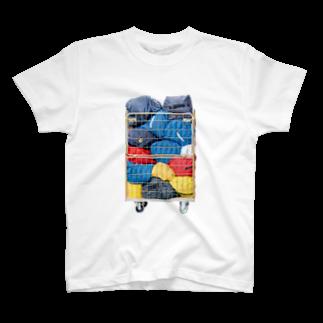 Yusuke Saitohの荷物 T-shirts