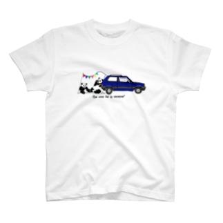 イタリアの車が好き1★ T-shirts