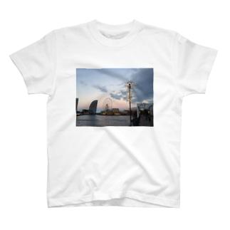 転機 T-shirts