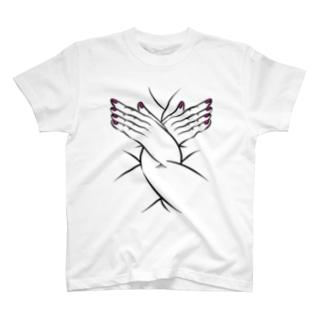 パープルの爪の女 T-shirts