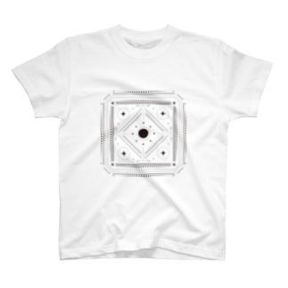 FORMEFORLIFE Tシャツ T-shirts