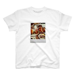 ある日の昼飯 T-shirts