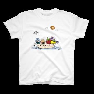 ほっかむねこ屋@TシャツSALE中のいちごを運ぶねこといぬ T-shirts