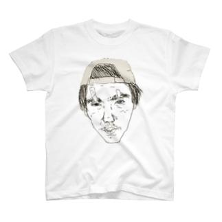 城戸 T-shirts