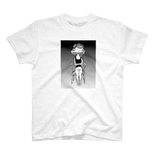 「ポルシェ似の彼女」Tシャツ T-shirts