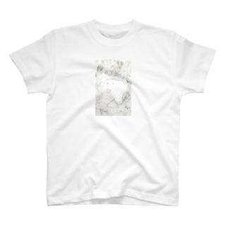 4歳私 T-shirts