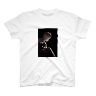 聖母子像 T-shirts