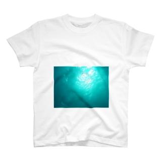 海色のスマホケース T-shirts