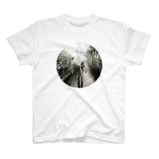 川崎酸性雨 T-shirts