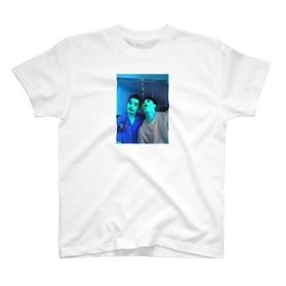 彼氏募集 T-shirts