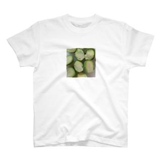 いざ調理!芽キャベツくん T-shirts