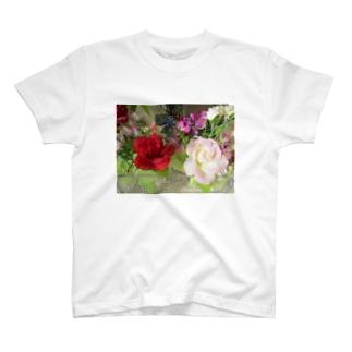 良い香りがしそうNo.4 T-shirts