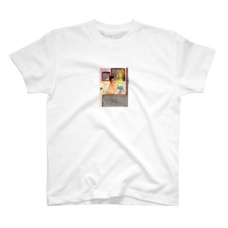 キツネの舞踏会 T-shirts