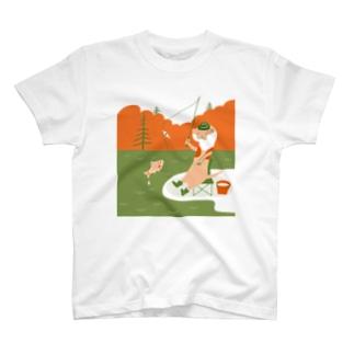 カワウソ釣り日和 T-shirts
