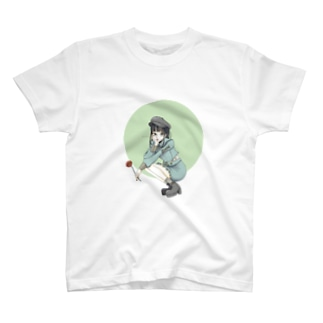 クラシック少女 T-shirts