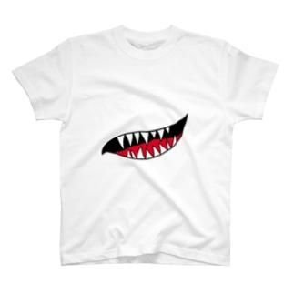 KUCHI  T-shirts