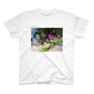 香しき香りNo.4 T-shirts