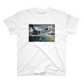 カラーロード T-shirts
