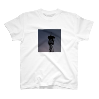 火の見櫓 その7 T-shirts