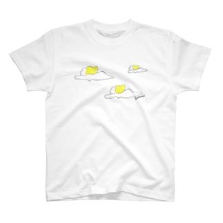 空飛ぶ裸体 T-shirts