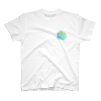 色づく金魚 T-shirts