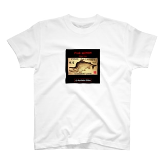 根室 カラフトマス!生命たちへ感謝を捧げます。※価格は予告なく改定される場合がございます。 T-shirts