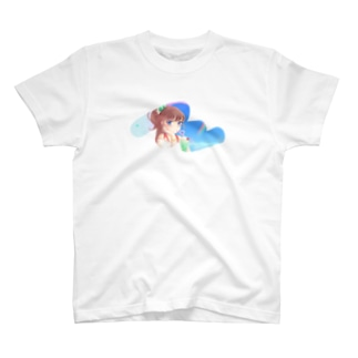 a piece of クリームソーダを飲む子 Tシャツ