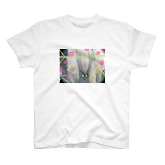 ふわふわの草影 T-shirts