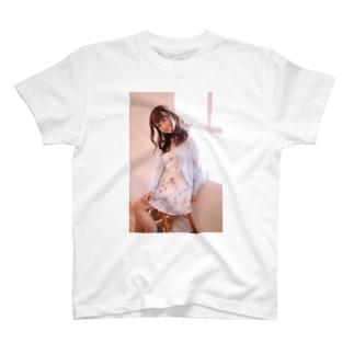 いつでも、どこでも成美と一緒 T-shirts