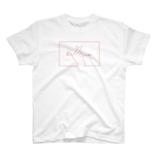 指ハート(Red) T-shirts